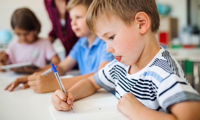 PPDB Kisruh lagi? Bukti Kegagalan Sistem Kapitalisme dalam Pendidikan